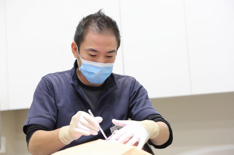 虫歯治療の様子